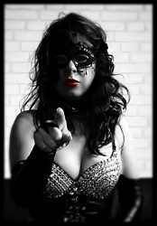 Mistress UK - Mistress Poshtotti the South Wales Mistress